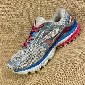 Brooks running shoes trail Ravenna size 8.5